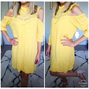 NWT yellow cold shoulder dress in size xl juniors